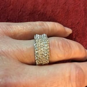 Jewelry - Sterling silver ring with real diamonds